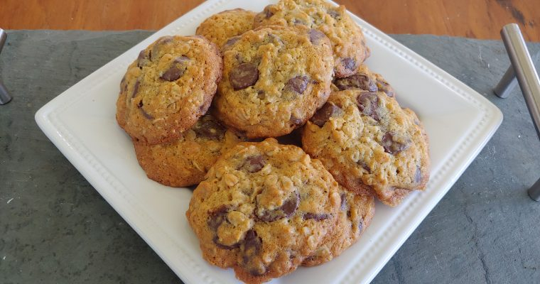 Whole Wheat Honey Oat Chocolate Chip Cookies